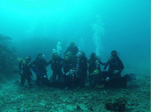 Broadreach Fiji Underwater Group Portrait